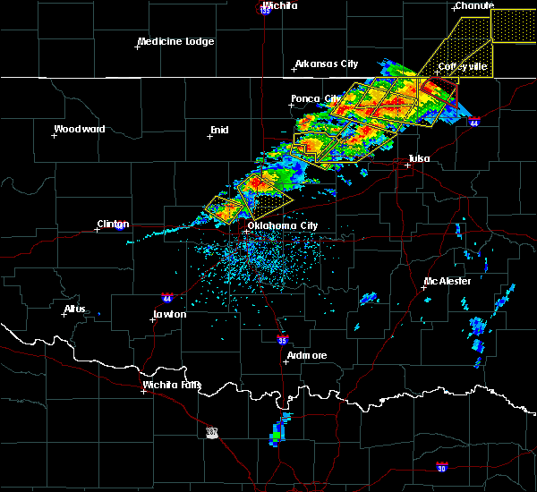Radar Image for Severe Thunderstorms near Luther, OK at 4/28/2020 5:24 PM CDT