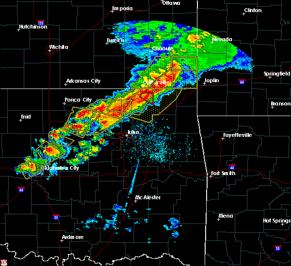Radar Image for Severe Thunderstorms near Oakhurst, OK at 4/28/2020 5:40 PM CDT