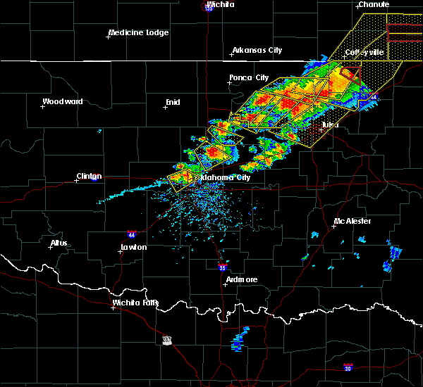 Radar Image for Severe Thunderstorms near Forest Park, OK at 4/28/2020 5:46 PM CDT