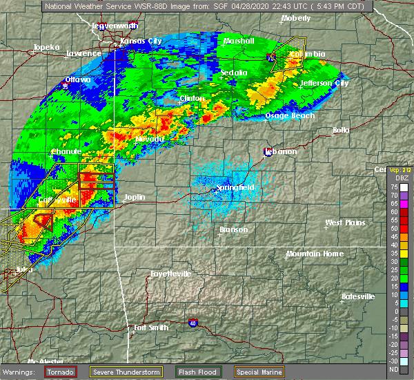 Radar Image for Severe Thunderstorms near Roseland, KS at 4/28/2020 5:50 PM CDT