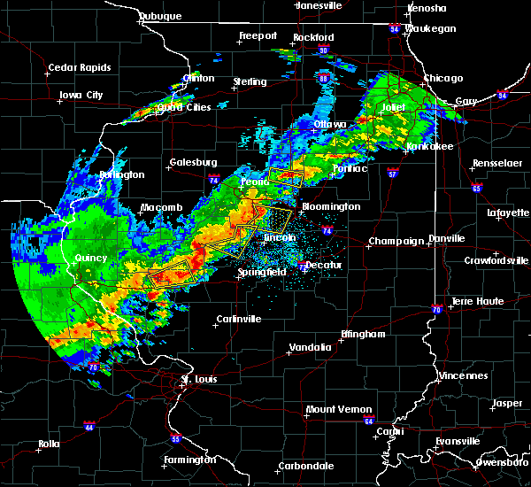 Radar Image for Severe Thunderstorms near Lincoln, IL at 4/28/2020 6:05 PM CDT