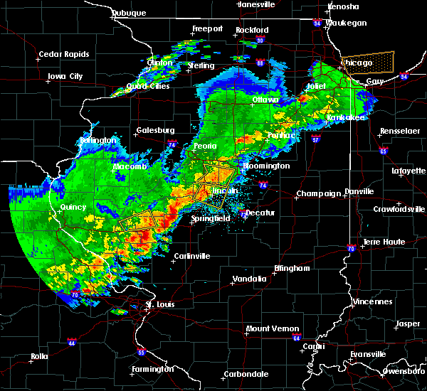 Radar Image for Severe Thunderstorms near Jacksonville, IL at 4/28/2020 6:27 PM CDT