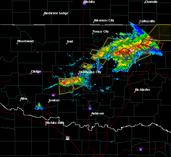 Radar Image for Severe Thunderstorms near Kendrick, OK at 4/28/2020 6:31 PM CDT