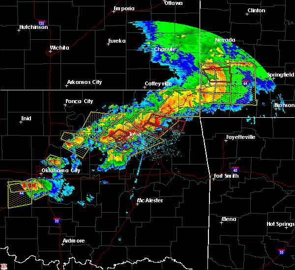 Radar Image for Severe Thunderstorms near Pryor Creek, OK at 4/28/2020 6:34 PM CDT