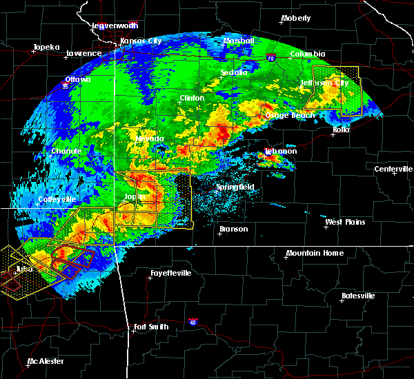 Radar Image for Severe Thunderstorms near South Greenfield, MO at 4/28/2020 6:41 PM CDT