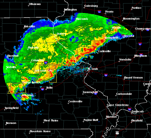 Radar Image for Severe Thunderstorms near Hermann, MO at 4/28/2020 6:54 PM CDT