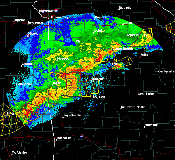 Radar Image for Severe Thunderstorms near Richland, MO at 4/28/2020 6:59 PM CDT