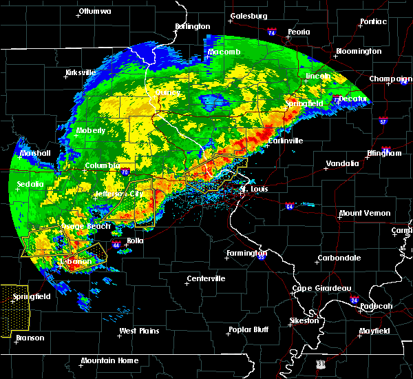 Radar Image for Severe Thunderstorms near Hermann, MO at 4/28/2020 7:05 PM CDT