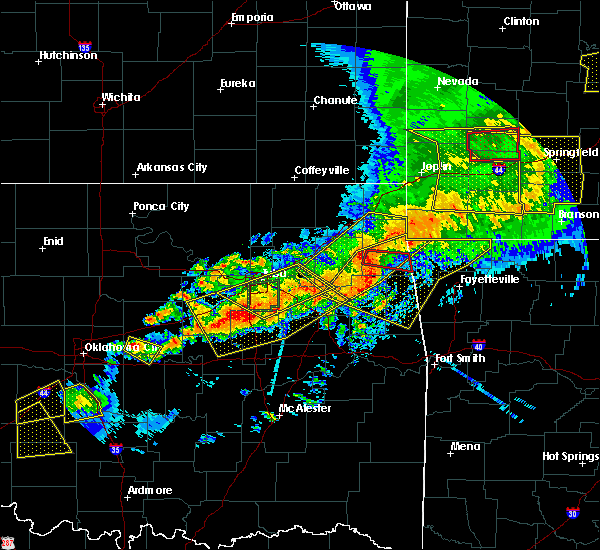 Radar Image for Severe Thunderstorms near Checotah, OK at 4/28/2020 7:16 PM CDT