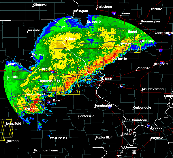 Radar Image for Severe Thunderstorms near Grafton, IL at 4/28/2020 7:17 PM CDT