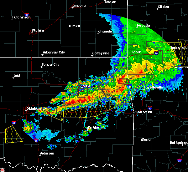 Radar Image for Severe Thunderstorms near Cloud Creek, OK at 4/28/2020 7:24 PM CDT