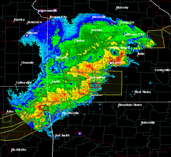 Radar Image for Severe Thunderstorms near Highlandville, MO at 4/28/2020 7:26 PM CDT