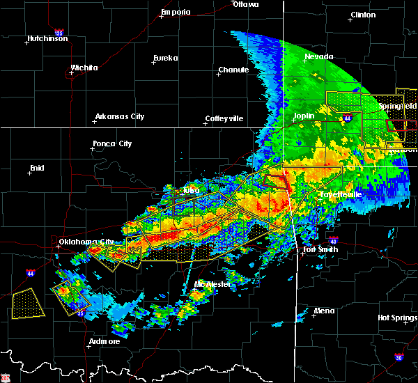 Radar Image for Severe Thunderstorms near Cloud Creek, OK at 4/28/2020 7:39 PM CDT