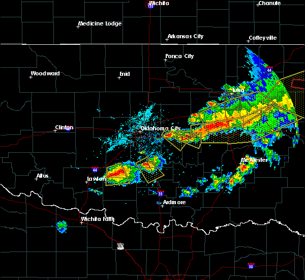 Radar Image for Severe Thunderstorms near Tecumseh, OK at 4/28/2020 7:41 PM CDT