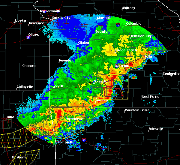 Radar Image for Severe Thunderstorms near Ava, MO at 4/28/2020 7:54 PM CDT