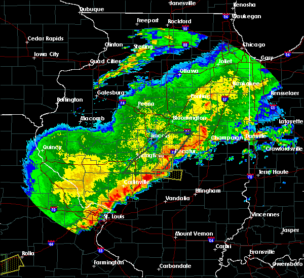 Radar Image for Severe Thunderstorms near Pana, IL at 4/28/2020 7:57 PM CDT