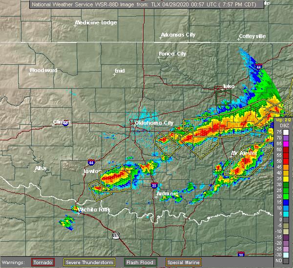 Radar Image for Severe Thunderstorms near Shawnee, OK at 4/28/2020 8:05 PM CDT