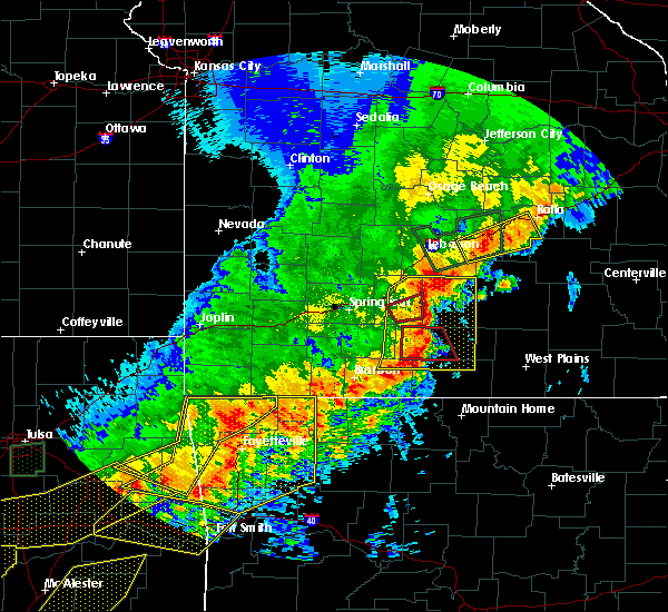Radar Image for Severe Thunderstorms near Ava, MO at 4/28/2020 8:06 PM CDT