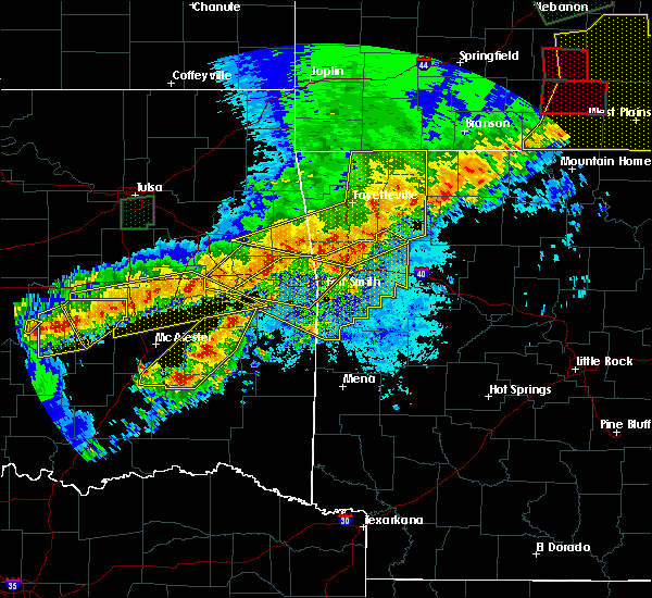 Radar Image for Severe Thunderstorms near Red Oak, OK at 4/28/2020 8:28 PM CDT