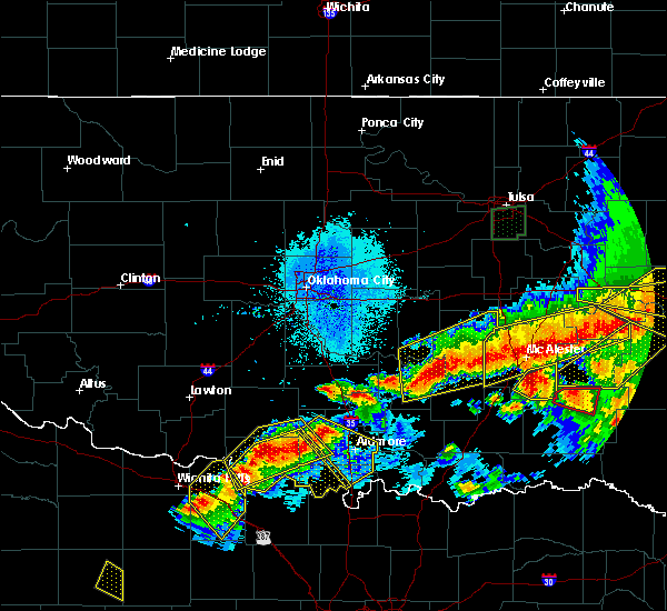 Radar Image for Severe Thunderstorms near Stonewall, OK at 4/28/2020 9:00 PM CDT