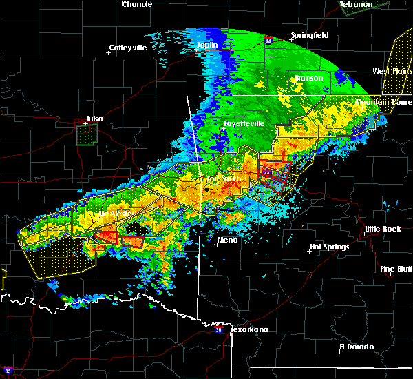 Radar Image for Severe Thunderstorms near Red Oak, OK at 4/28/2020 9:10 PM CDT
