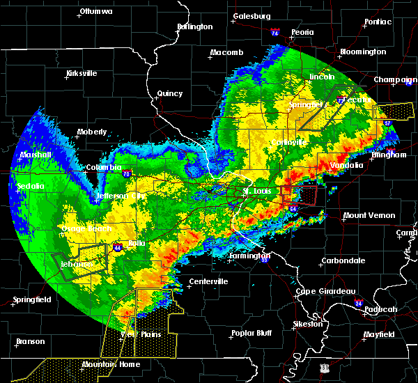 Radar Image for Severe Thunderstorms near Beckemeyer, IL at 4/28/2020 9:11 PM CDT