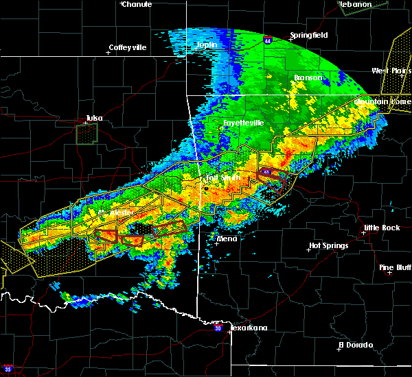 Radar Image for Severe Thunderstorms near Tuskahoma, OK at 4/28/2020 9:16 PM CDT