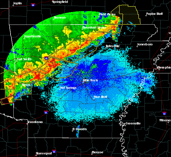 Radar Image for Severe Thunderstorms near Guion, AR at 4/28/2020 9:42 PM CDT