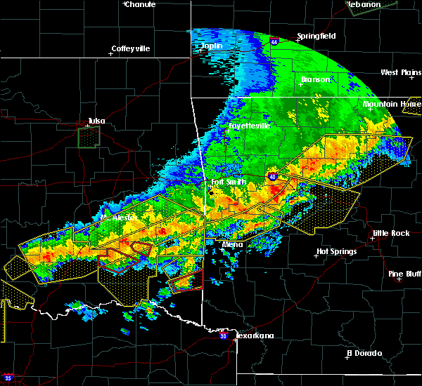 Radar Image for Severe Thunderstorms near Hatfield, AR at 4/28/2020 9:42 PM CDT