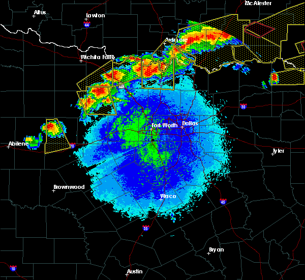 Radar Image for Severe Thunderstorms near Bryson, TX at 4/28/2020 9:51 PM CDT