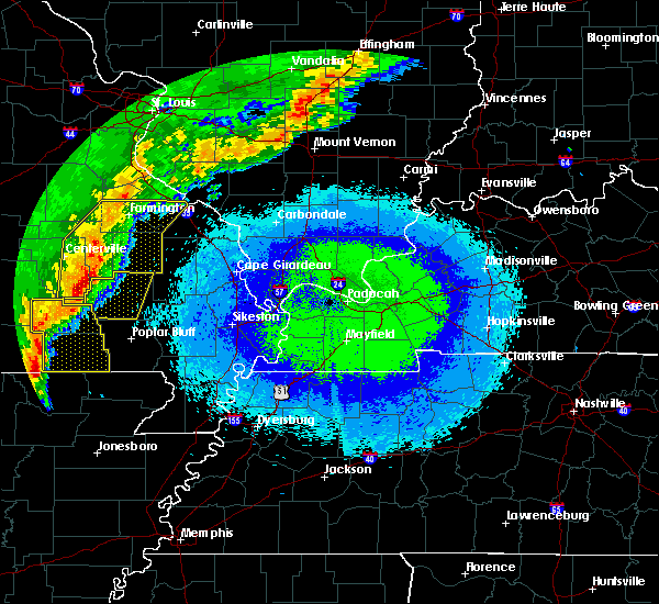 Radar Image for Severe Thunderstorms near Greenville, MO at 4/28/2020 9:54 PM CDT