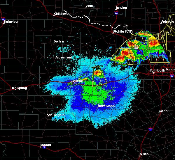 Radar Image for Severe Thunderstorms near Breckenridge, TX at 4/28/2020 10:04 PM CDT