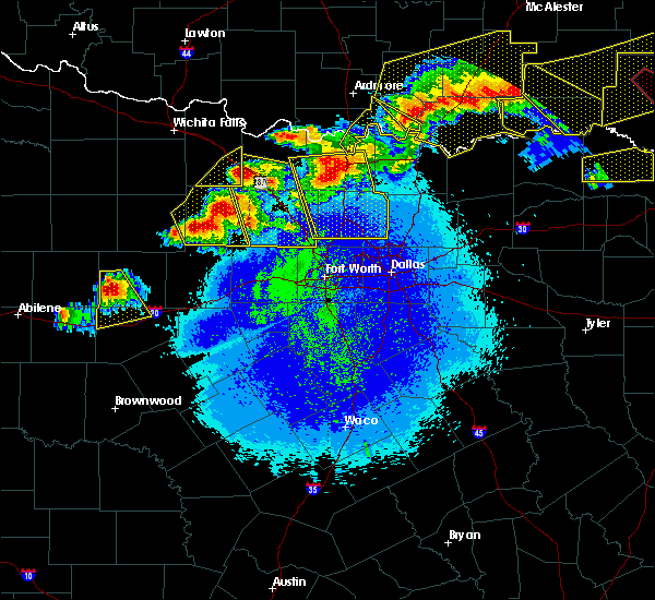 Radar Image for Severe Thunderstorms near Bryson, TX at 4/28/2020 10:11 PM CDT