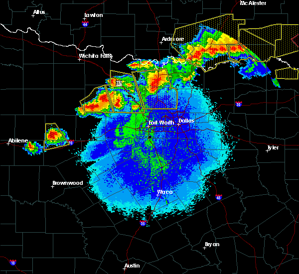 Radar Image for Severe Thunderstorms near Copper Canyon, TX at 4/28/2020 10:19 PM CDT