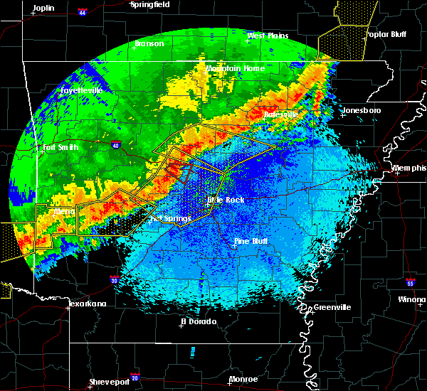 Radar Image for Severe Thunderstorms near Clinton, AR at 4/28/2020 10:22 PM CDT