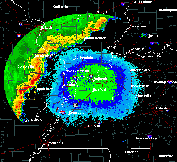 Radar Image for Severe Thunderstorms near Greenville, MO at 4/28/2020 10:24 PM CDT