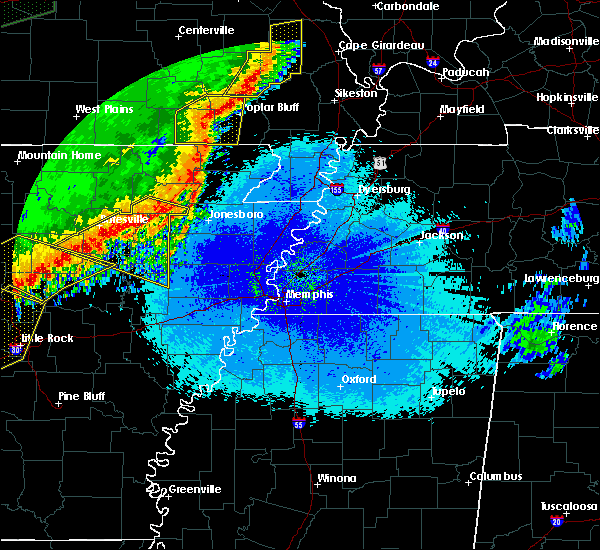 Radar Image for Severe Thunderstorms near Delaplaine, AR at 4/28/2020 10:38 PM CDT