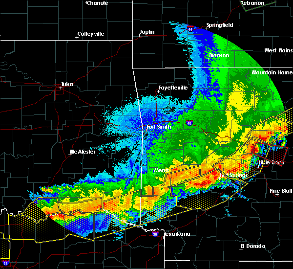 Radar Image for Severe Thunderstorms near Black Springs, AR at 4/28/2020 10:55 PM CDT