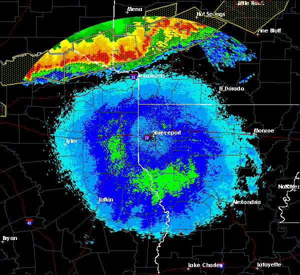 Radar Image for Severe Thunderstorms near Detroit, TX at 4/28/2020 11:04 PM CDT