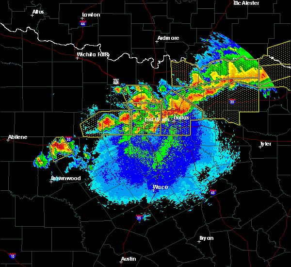 Radar Image for Severe Thunderstorms near Van Alstyne, TX at 4/28/2020 11:21 PM CDT