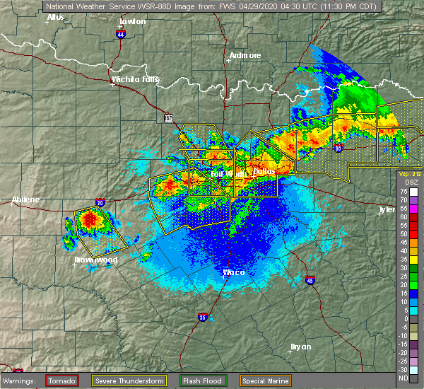 Radar Image for Severe Thunderstorms near Seagoville, TX at 4/28/2020 11:36 PM CDT