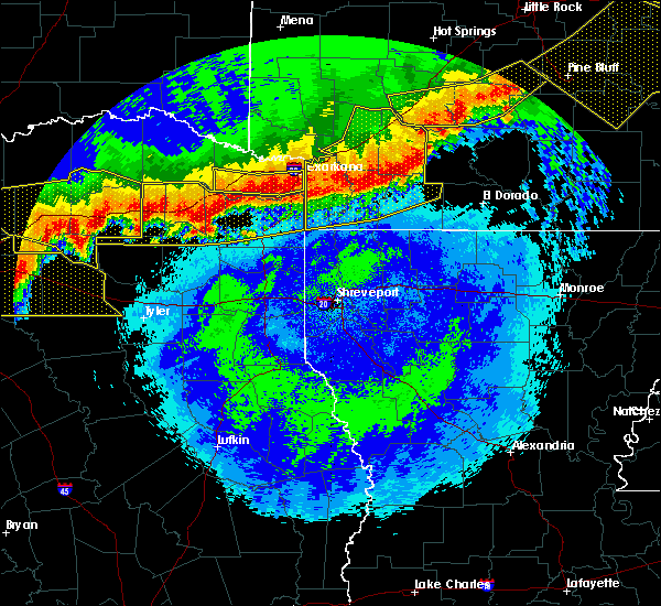 Radar Image for Severe Thunderstorms near Winfield, TX at 4/28/2020 11:57 PM CDT