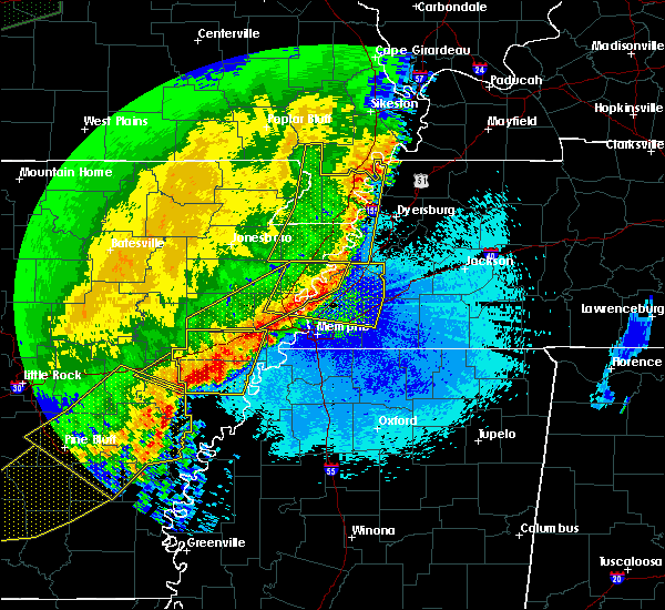 Radar Image for Severe Thunderstorms near Collierville, TN at 4/29/2020 12:14 AM CDT