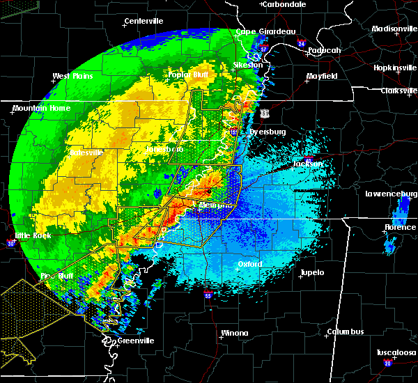 Radar Image for Severe Thunderstorms near Blytheville, AR at 4/29/2020 12:28 AM CDT