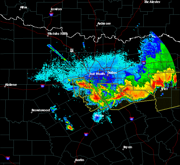 Radar Image for Severe Thunderstorms near Oak Valley, TX at 4/29/2020 12:58 AM CDT