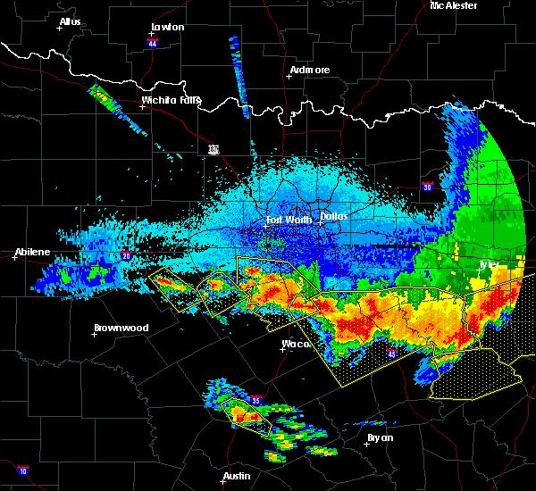 Radar Image for Severe Thunderstorms near Walnut Springs, TX at 4/29/2020 1:49 AM CDT