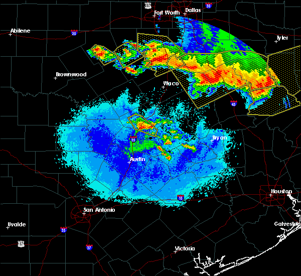 Radar Image for Severe Thunderstorms near Hutto, TX at 4/29/2020 1:57 AM CDT