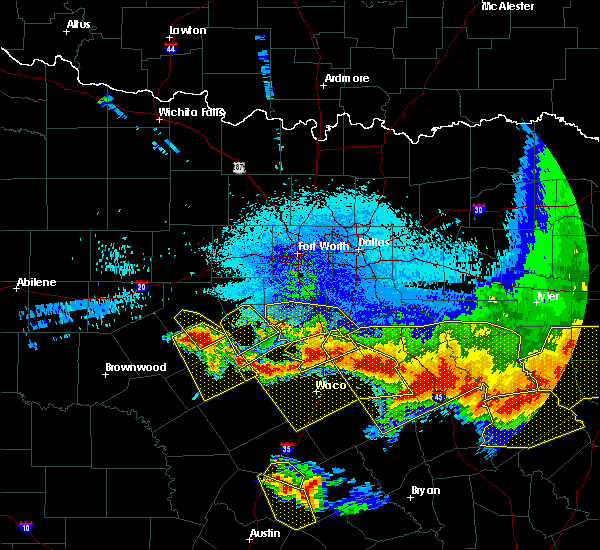 Radar Image for Severe Thunderstorms near Penelope, TX at 4/29/2020 2:15 AM CDT