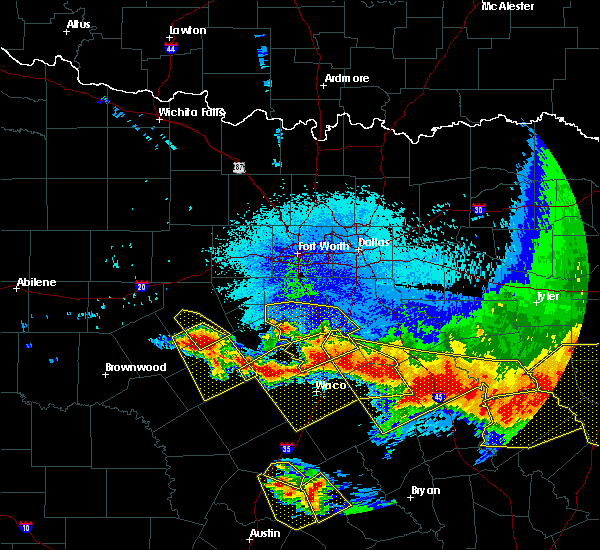Radar Image for Severe Thunderstorms near Iredell, TX at 4/29/2020 2:50 AM CDT