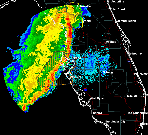 Radar Image for Severe Thunderstorms near Reddick, FL at 4/30/2020 1:25 AM EDT